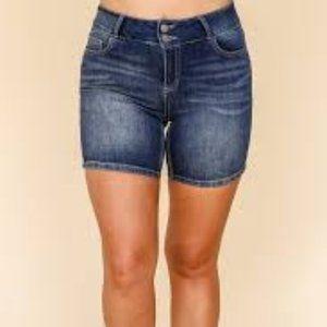 Kiki Larue Denim Sandy Shorts 1X